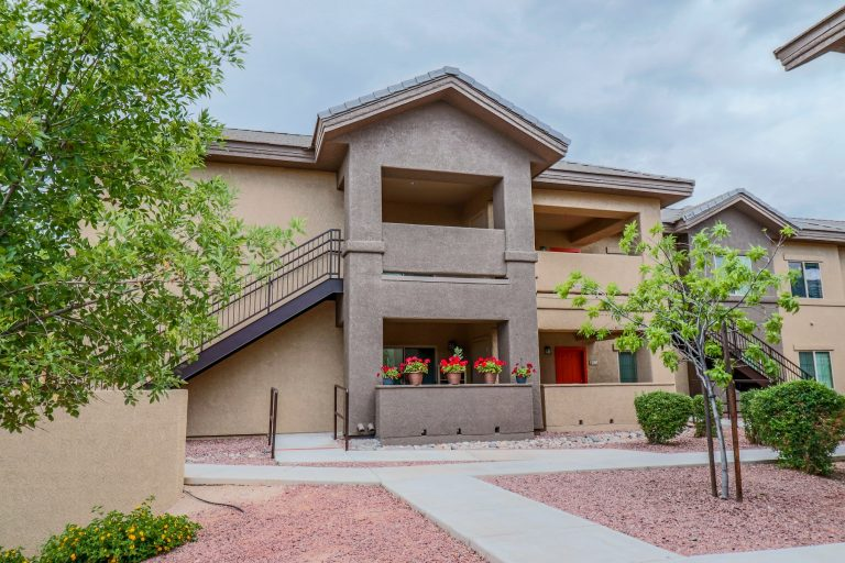 THE PLACE AT CREEKSIDE Tucson Apartments (1)