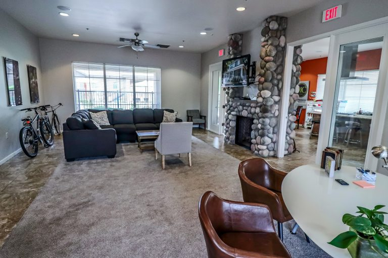 THE PLACE AT CREEKSIDE Tucson Apartments (6)